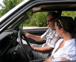 Услуги автоинструктора, школа вождения автомобиля с АКПП в Москве