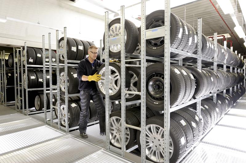 сезонное хранение шин в автосалоне